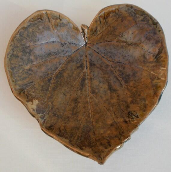 Stoneware Leaf - brown