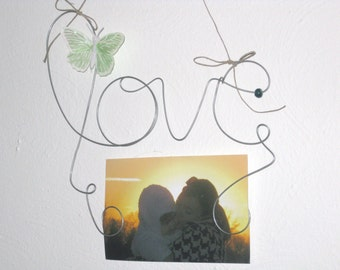 Hanging Wire Word love,  Photo Holder Picture Frame with Butterfly Decoration, 4x6 Frame, Wire Wall Art