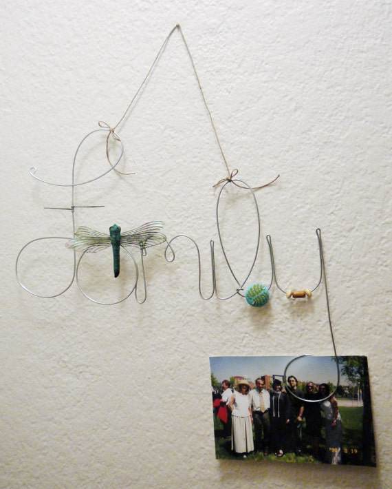 hanging family wire word photo holder picture frame with