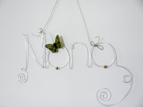 Mother's Day Gift Hanging Photo Holder, Picture Frame Wire Word Nana with Bird Decoration, Wall Art Gift for a Grandmother
