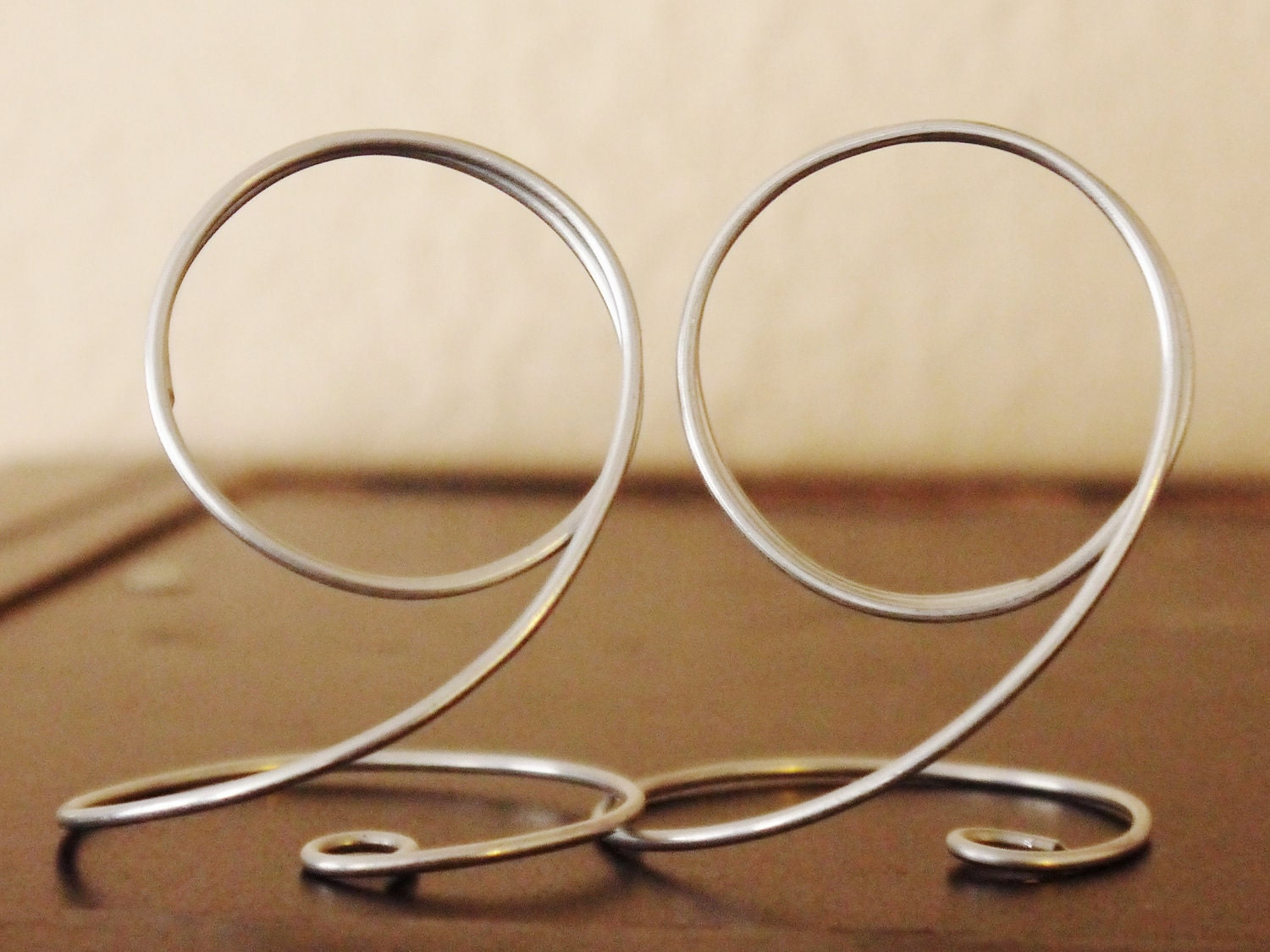 long gold silver wire table number holder