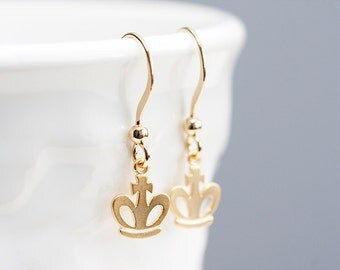 Tiny Crown Earrings Gold Crown Dangle Earrings Princess Crown Queen Crown Tiny Charm Girl Jewelry - E172