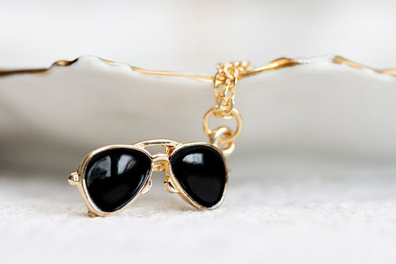 Sunglasses Necklace Back to School Black Eyeglasses Necklace Miniature Sunglasses Pendant Fashion Chic Jewelry - N210