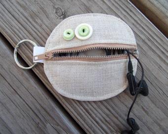 Linen zip-lip earbud change holder