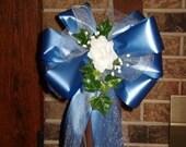 10 PERIWINKLE WHITE Rose Pew Bows Wedding Decorations Bridal