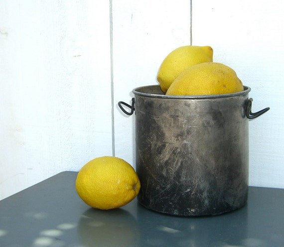 Vintage Aluminum Pot : Industrial Farmhouse