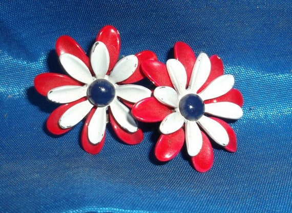 Red, White and Blue Clip on Earrings -  Patriotic Flower Clip On Earrings