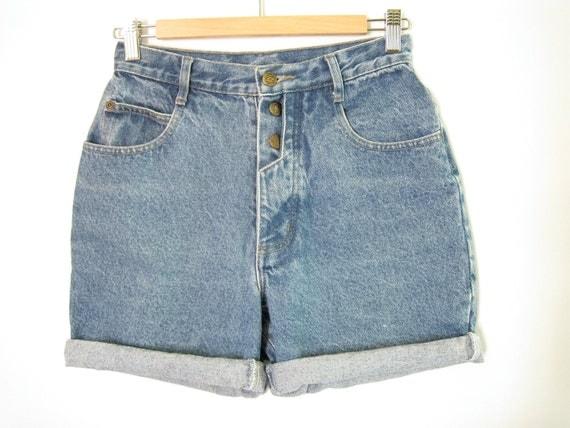 High Waisted Jean Shorts. Size 26 Waist. Medium Wash Denim. Button Fly