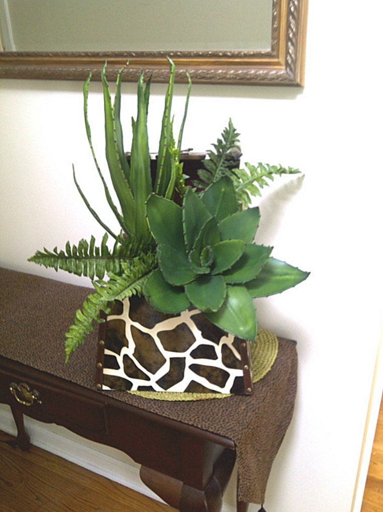 Artificial Succulent Plant Animal Safari Floral Arrangement
