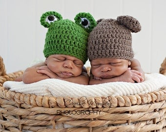 SALE Baby Bear & Frog (Photo Prop Package)