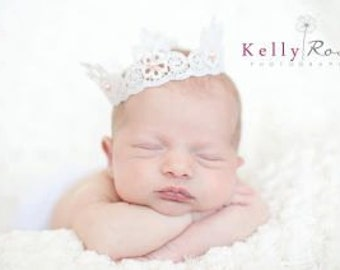 Beautiful Newborn Scalloped Lace Crown with Pink Pearl Accents, Newborn Photography Prop, Baby Crown, Lace Crown, Newborn Crown