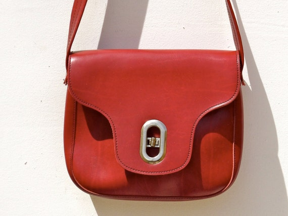 Super Mod Vintage Red Dollybird Handbag with Silver Buckle