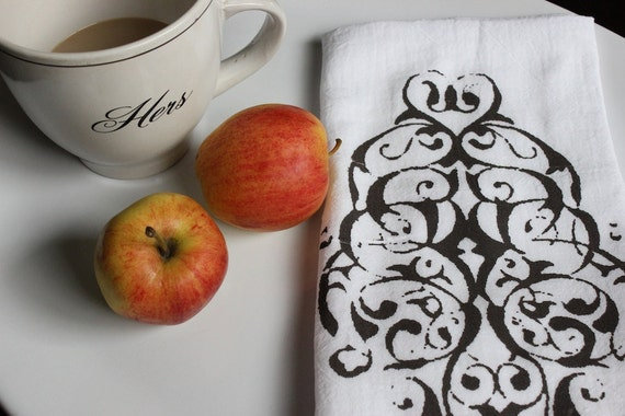 "1 ""MODERN PAISLEY""  Kitchen Towel , Flour Sack  Towel, Tea Towel ,  Kitchen Dish Cloth, Modern Vintage Market"