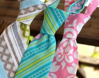 Boys Neck Tie, Pink Damask, Turquoise Stripe