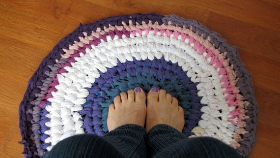 Upcycled T-Shirt Rug in shades of purple, blue and white, small, circular, washable, rustic.