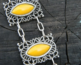 Sunny Day- Vintage Silver Filigree Bracelet with Canary Colored Cabochons