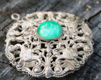 Vintage Filigree Pendent with Green Jade Stone