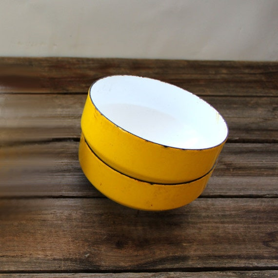 Copco Yellow and white enamelware bowls