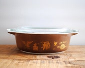 10 Dollar SALE Vintage Casserole - Pyrex Early American Pattern Brown Bowl Thanksgiving