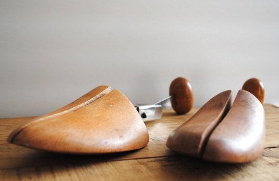 SALE 50% OFF Vintage Wooden Shoe Stretchers - Pair of Wood Shoe Lasts