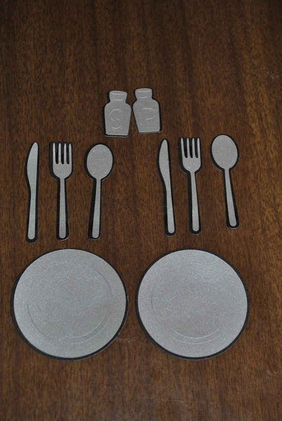 how to set a dinner table silverware