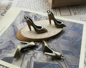 10pcs -13X28mm  High-heeled shoes    Charm Pendant -Necklace pendants, Jewelry pendants,Bracelets ,Ring Fittings