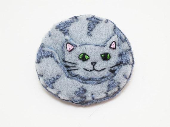 Grey Cat felt pin badge