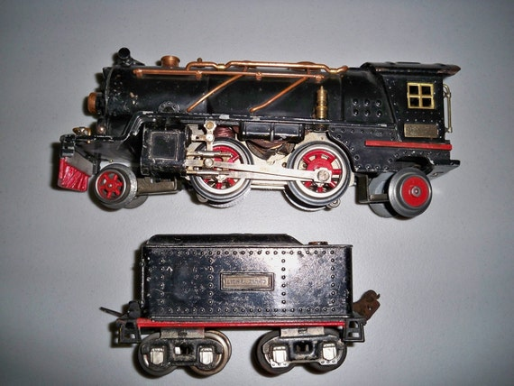 Vintage  Prewar Tinplate Lionel 262 Engine & Tender from the 1930's - Buy Now 10% Off Spring Sale Coupon