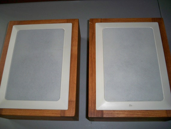 Handmade Speaker Cabinets With Radio Shack In-Wall Speakers