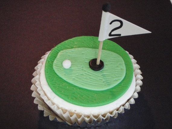 Golf Hole Edible Fondant Cupcake Topper Decoration- Great for Fathers Day, Birthdays or Grooms Cupcakes
