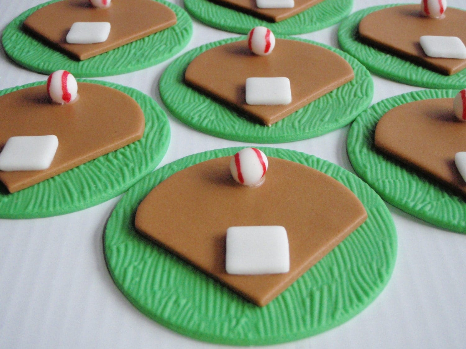 Edible Baseball Cake Decorations