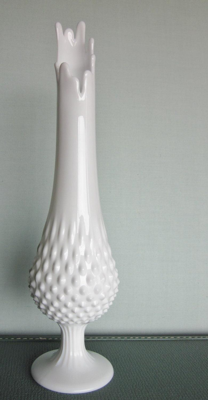 vintage fenton swung vase hobnail milk glass with pedestal. Black Bedroom Furniture Sets. Home Design Ideas