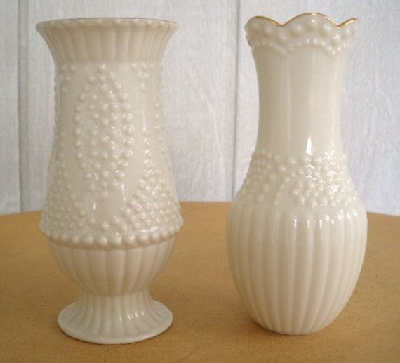 Vintage Lenox Vase 80s Ivory Candlewicking Pattern Bud Vase 2
