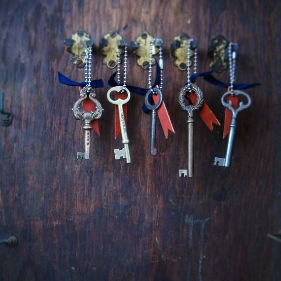 personalized circa 1900 brass skeleton key keychain