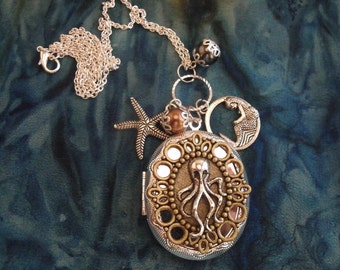 Womens Large Steampunk Octopus Locket Necklace Silver Charms Pearls
