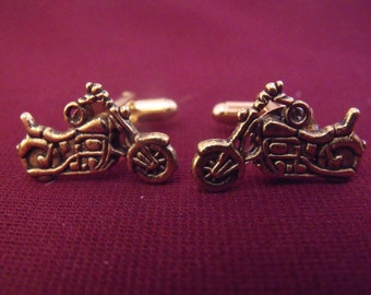 Mens Cufflinks,   Gold Motorcycle, Steampunk Gothic Mens Accessory Wedding Groomsmen