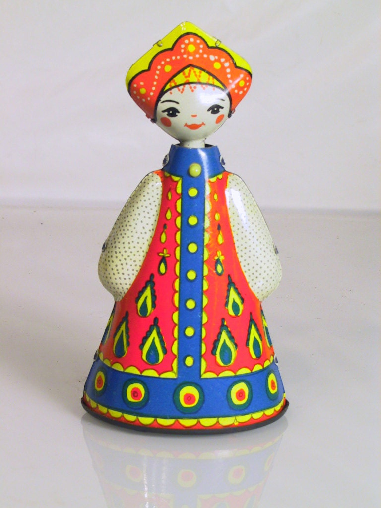 Vintage Tin Toys : Vintage painted toy tin litho wind up russian girl traditional