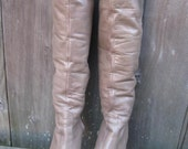 Vintage 70s Tall Leather High Heeled Boots. Size: 6