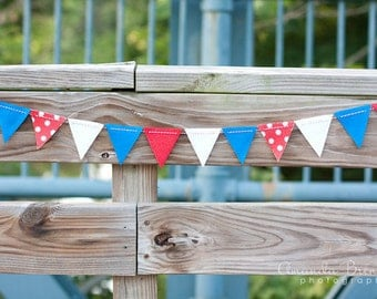 SALE Patriotic Red White and Blue Glitter Felt Bunting