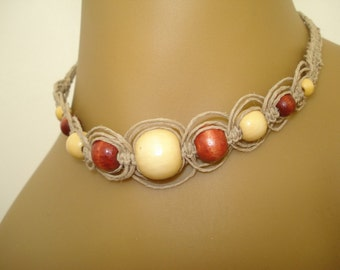 Hemp phishbone pattern necklace with wooden beads