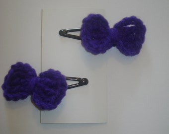 Set of 2 purple crocheted little bow hair barrettes snap clips