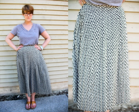 SALE - Vintage 1980s Jaeger navy and white maxi skirt (M)