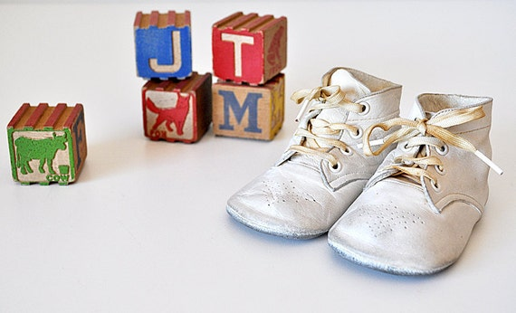 Vintage Mrs. Days Leather Baby Shoes