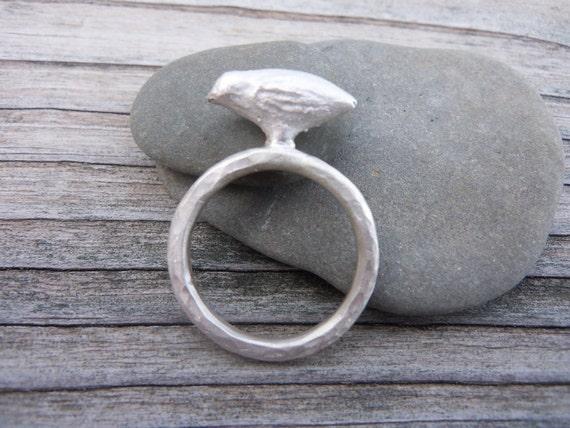 Bird Ring in Sterling Silver . Hand cast Bird