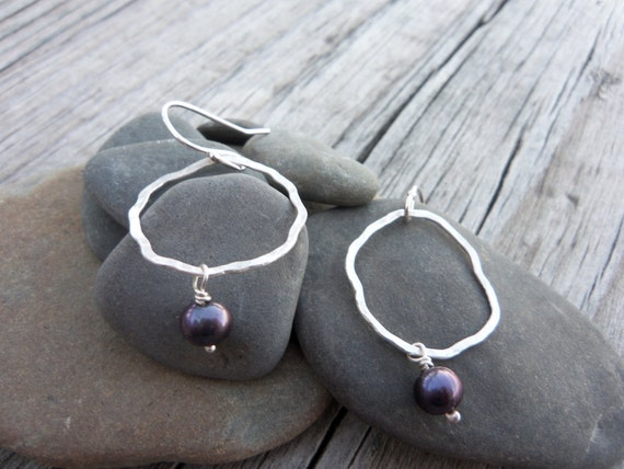 Simple Silver & Pearl Earrings. Delicate, purple, hammered