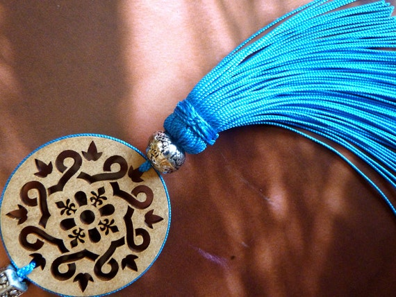 Moroccan art silk tassel - hand made - wood cut out - moroccan ornament - turquoise