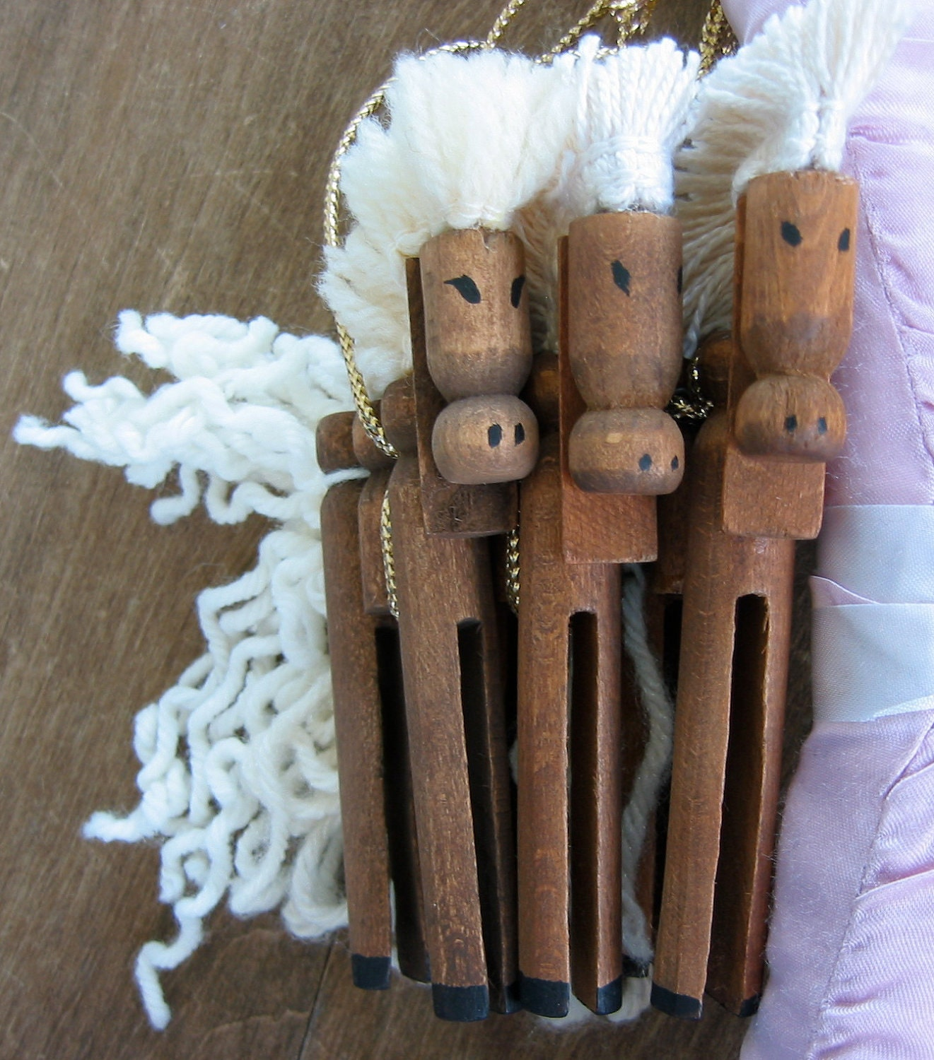 Set of 3 handmade vintage wooden clothespin ornaments horses for Close pin crafts
