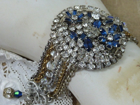 SPARKLE SPARKLE RHINESTONE and chain  vintage assemblage  bracelet so antique