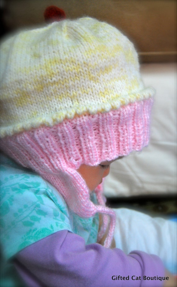 Cupcake Knitting Pattern Easy : Adorable Cupcake Hat Knitting Pattern