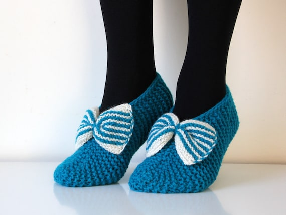 Beautiful hand knit wool slippers in turquoise, sizes 5-12 US woman
